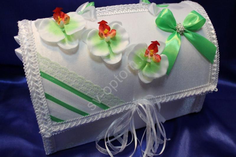 Сундучек бело-салатовый с цветочками (ручная работа) арт. 071-178