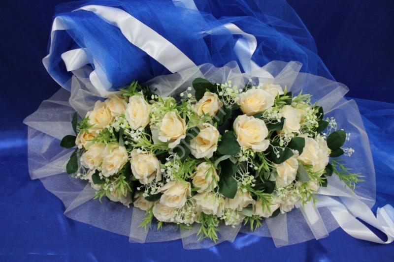 Торпеда на радиатор и капот с персиковыми розами, органзой и синим фатином арт.120-325
