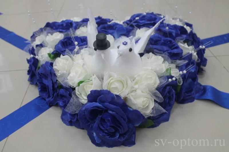 """Украшение на капот 2 """"Голуби"""" (Цвет и цветы в асортименте) арт.120-350"""