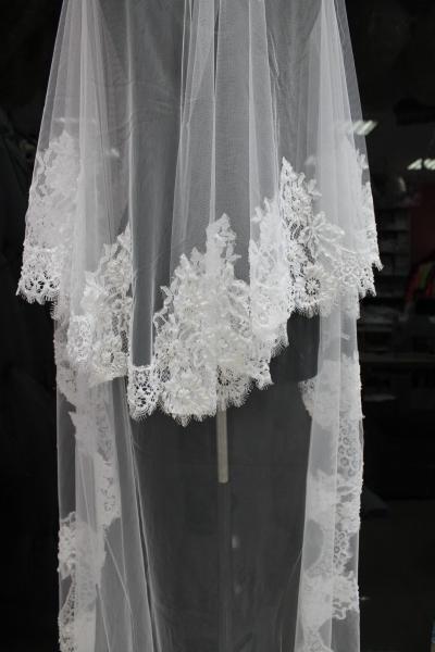 Фата Цвет: Белый шанталье-украшенное 3м (60) арт. 027-741