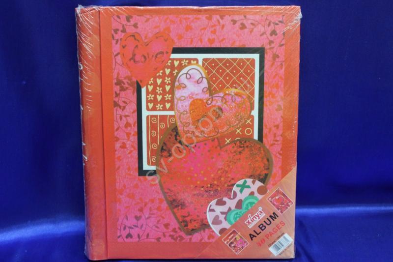 Фотоальбом красный с сердечками (22,5х28см) арт. 069-023
