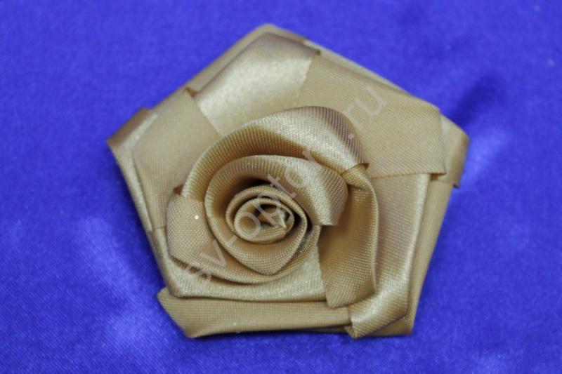 Цветы атласные бежевые 70мм (цена за 1шт) арт.138-174