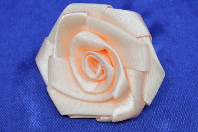Цветы атласные персиковые 70мм (цена за 1шт) арт. 138-172