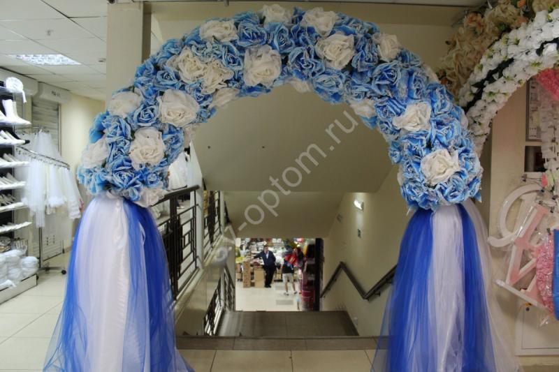 Арка свадебная бело-голубая с больших цветов (разборная на 4 части) арт. 094-071