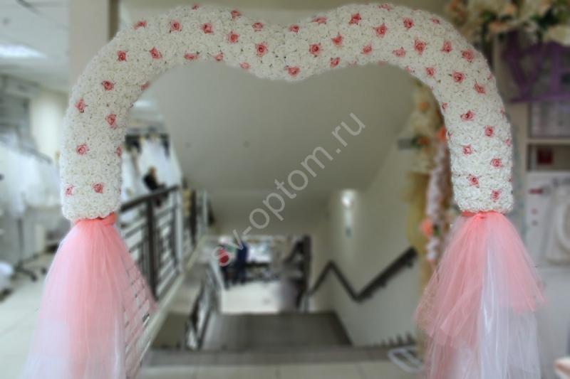 Арка свадебная сердце с белых и розовых латексных роз (разборная на 4 части) арт. 094-062
