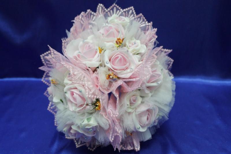 """Букет """"Тройняшка"""" с латексными бело-розовыми розами арт. 020-202"""