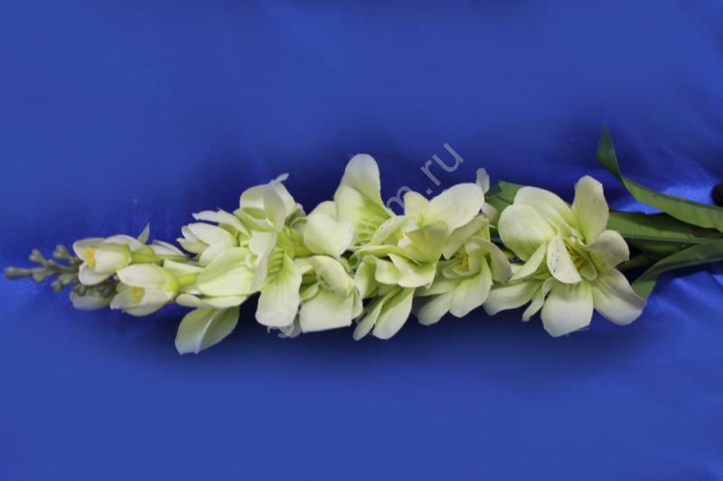 Букет веточка бело-салатовая арт. 138-110