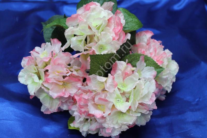 Букет гортензия бело-розовая арт.138-102