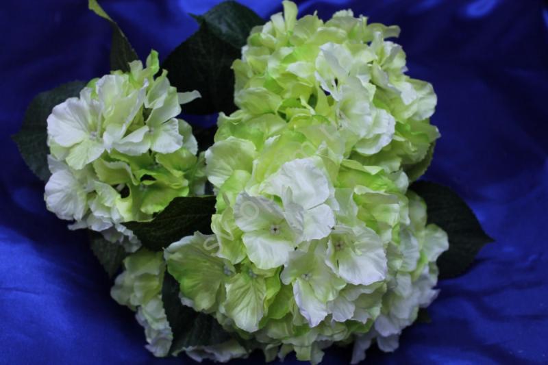 Букет гортензия салатово-белая арт.138-101