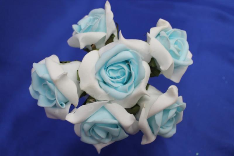Букет из латексных цветов Бело-голубой (1 цветок 65-70 мм) стоимость букета арт.139-023
