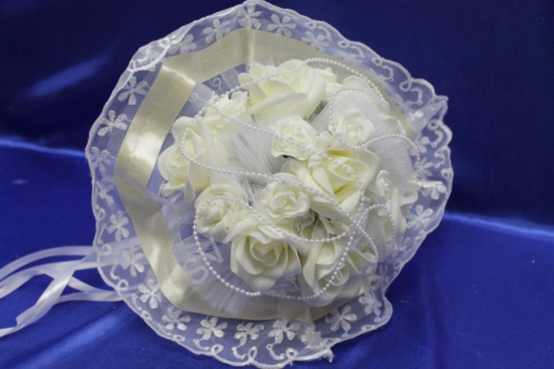 Букет латексный с розами айвори и белыми розами арт. 020-295