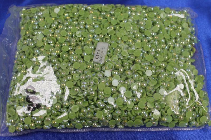 Жемчуг (половинки) зеленый перламутр 6мм 5000шт. арт.142-011