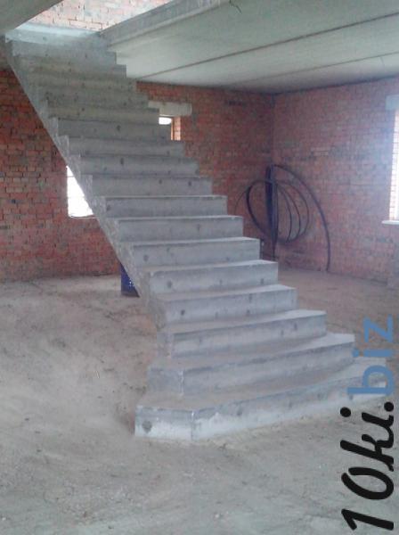 Монолитная полнотелая лестница прямой марш купить в Иркутске - Лестницы с ценами и фото