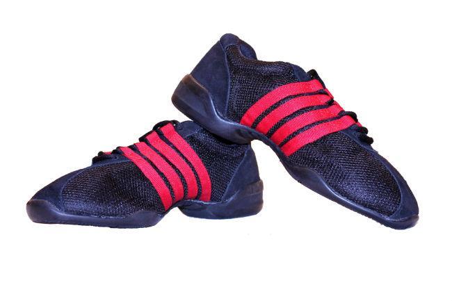 Кроссовки для танцев на низкой подошве 8018