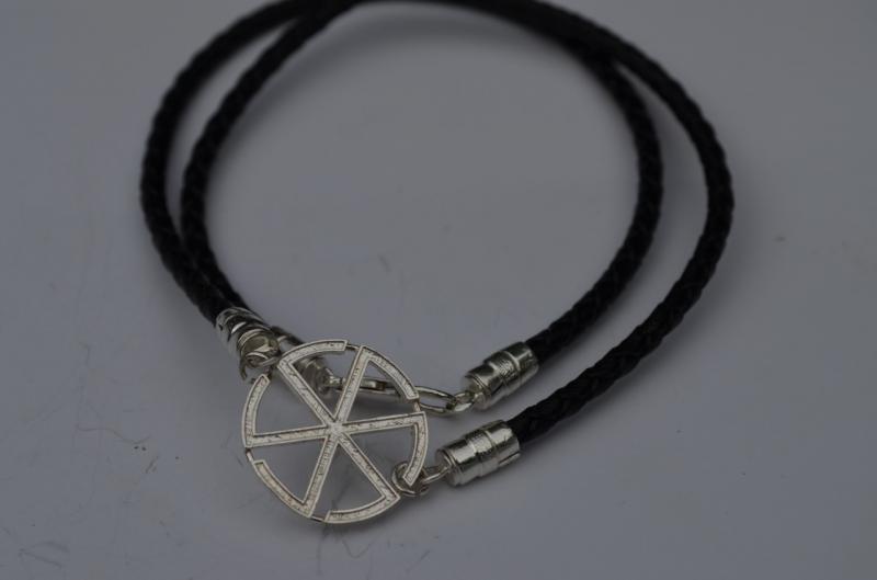 Двойной Браслет кожа плетёная с Славянскими символами