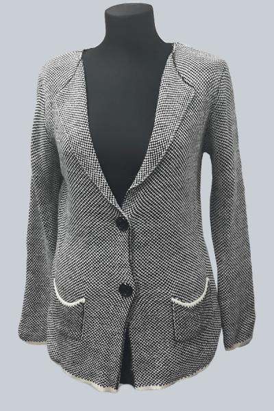 Модель 2354 - Модный вязанный жакет с воротником апаш и карманами
