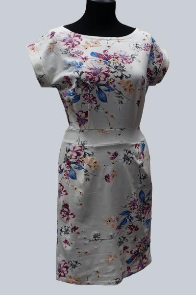Модель 6648 - Платье с поясом и с модным цветочным принтом