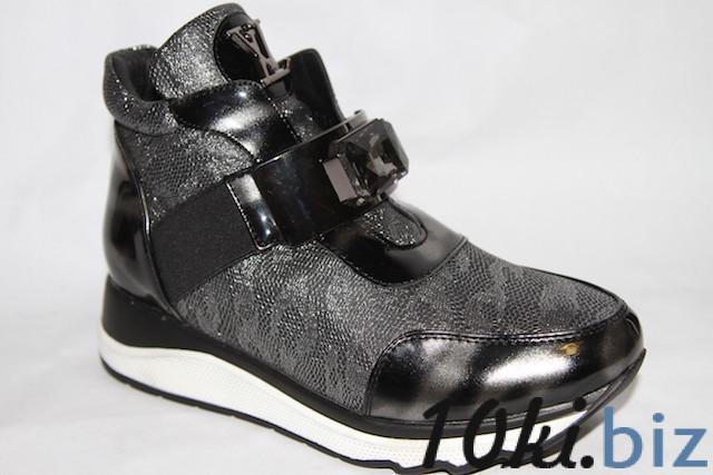 Ботинки 023-Z17 черный Демисезонная детская и подростковая обувь в России