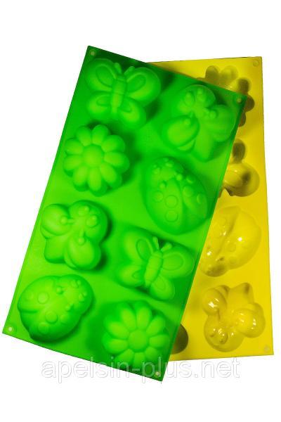 """Силиконовая форма для выпечки """"Лето бабочки"""" на 8 ячеек"""