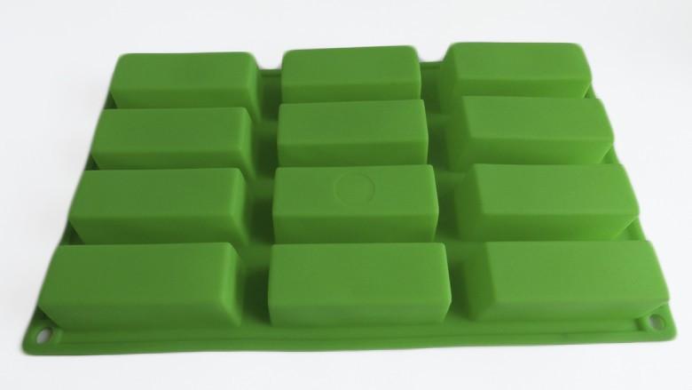 Силиконовая форма для выпечки Брусочки гладкие на 12 ячеек