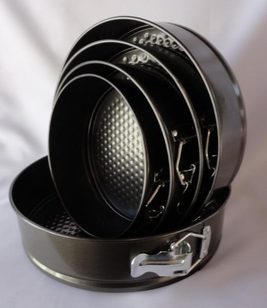 Фото Формы для тортов и выпечки металлические, Разъемные формы для выпечки Набор разъемных форм  из 5ти от 18 см до 26 см