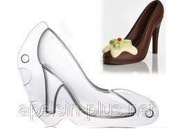 Фото Молды кондитерские пластиковые и силиконовые, Молды пластиковые и поликарбонатные Поликарбонатная форма для шоколада Туфелька 3D малая