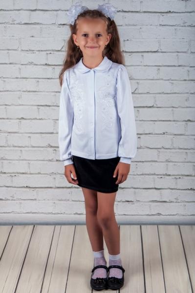 Блуза шкільна з вишивкою