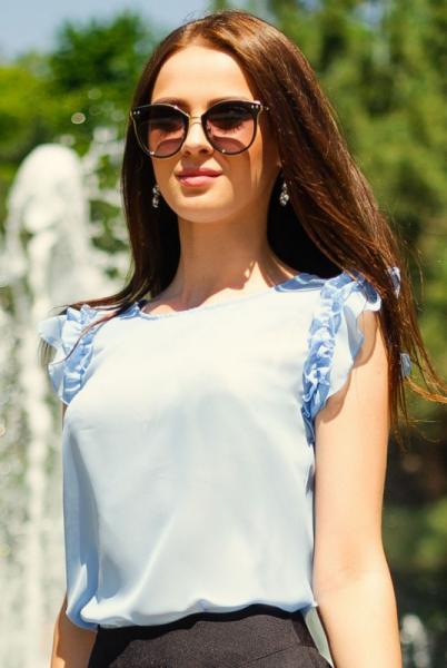 Фото Новинки Блузка с рюшами