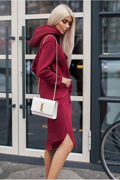 Бордовое платье  Женева в спортивном стиле
