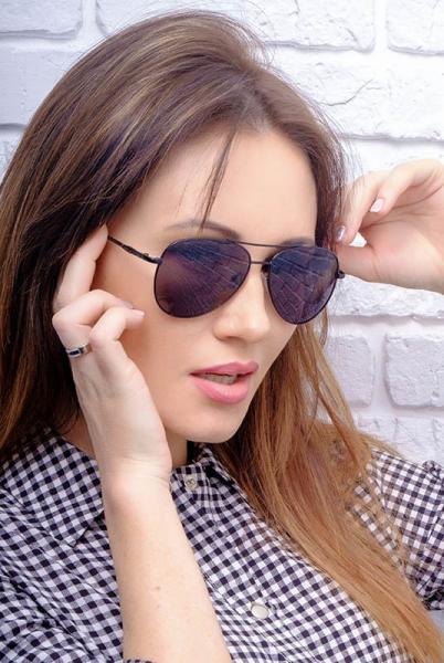 Солнцезащитные очки Ray-Ban 8028