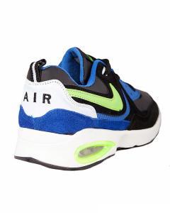 Фото  Кроссовки серии Nike