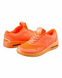 Фото  Кроссовки оранжевые на шнуровке