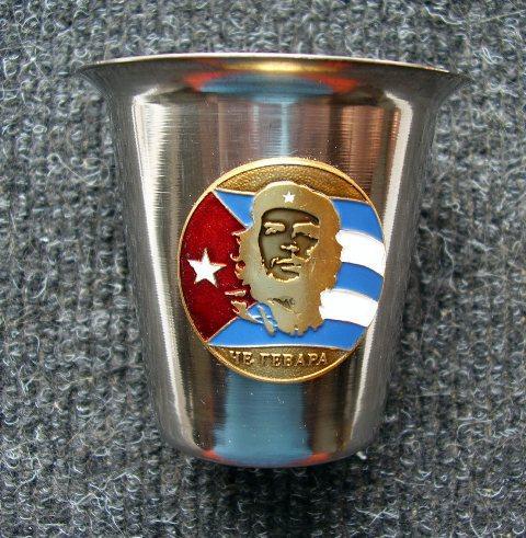 Стопка стальная под водку 100 мл с символикой - Че Гевара