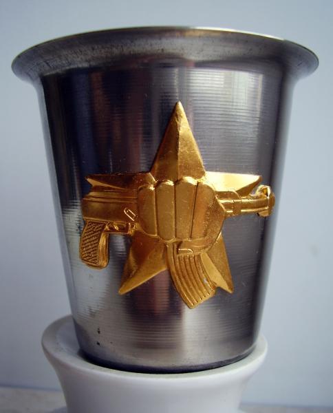 Стопка стальная под водку 100 мл с символикой -Спецназ кулак