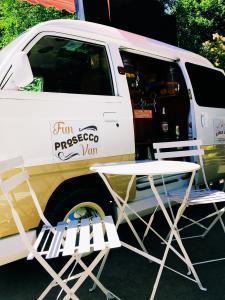 Фото  Просекко фургон Bubble&Fun Prosecco Van