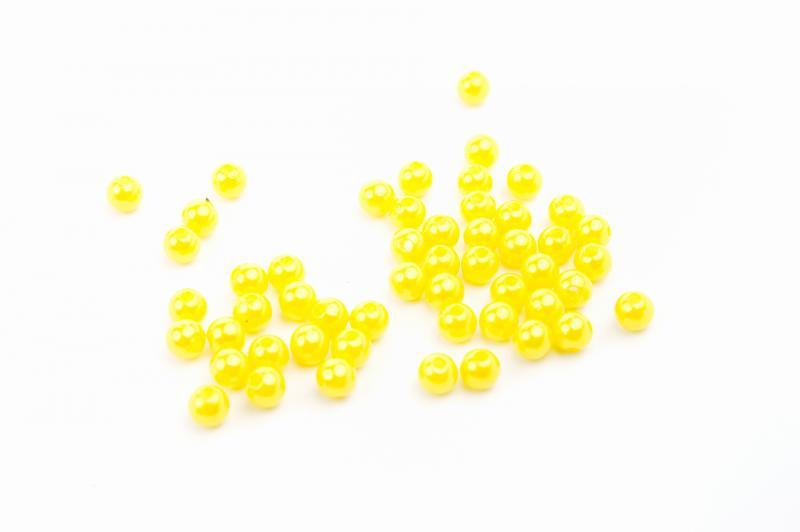 Бусина пластик 8 мм  жёлтая. 100 штук