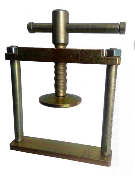 Фото Для зуботехнических лабораторий, АКСЕССУАРЫ, Инструменты Бюгель стальной с винтовым зажимом 2-х кюветный (монолитная рамка)