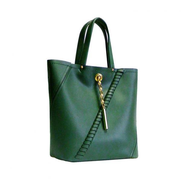 Зеленая прямая сумка с плетением