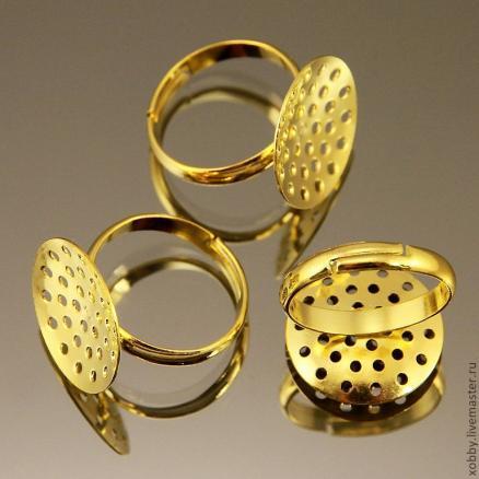 Кольцо   18 мм.  основа  18 мм . с  отверстиями. Цвет золото