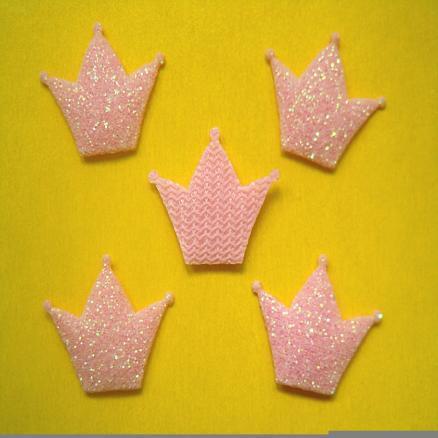 Фото Вязаный ,тканевый  декор . помпоны Корона на тканевой основе 18х15 мм розовая