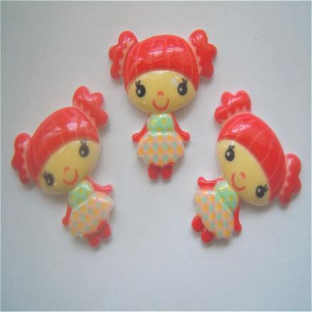 Кабашон куколка с хвостиками 21х22мм  красная