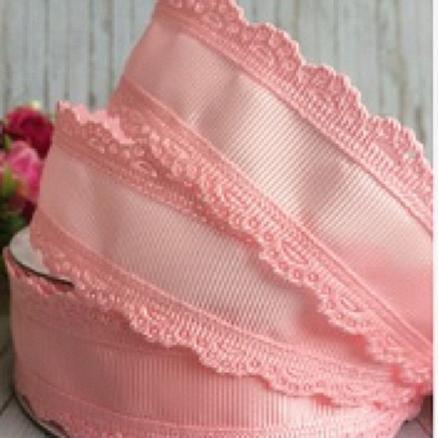 Фото Ленты, Лента репсовая с ажурным краем  Лента репсовая розовая 35 мм  с ажурным  кантом  по  краям
