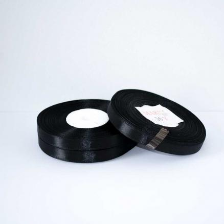 Фото Ленты, Лента атласная  однотонная 0,6-12мм Лента атласная 0,6 см.  цвет черный.  Бобина  23  метра.