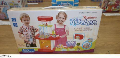 """Набор """"Кухня с посудой"""" (музыка, свет)"""