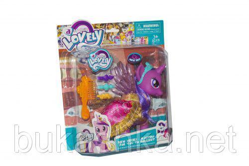 Фиолетовый пони, с аксессуарами