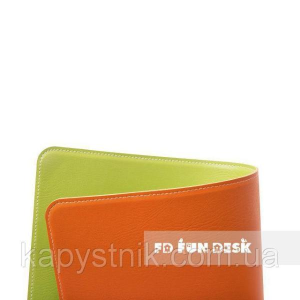Двухцветная накладка на парту FunDesk SS19