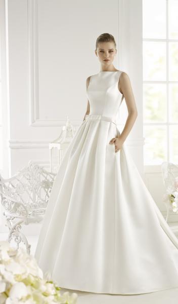Атласное свадебное платье с карманами Genet
