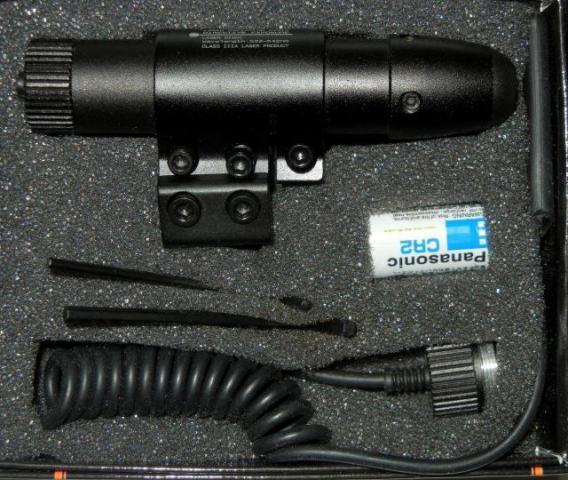 Лазерный целеуказатель с зеленой точкой, креплением 11 мм/21 мм  (провод/кнопка)