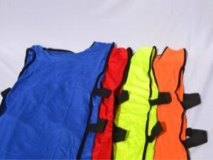 Манишка с резинкой. Цвета: красная, синяя, оранжевая, салатовая