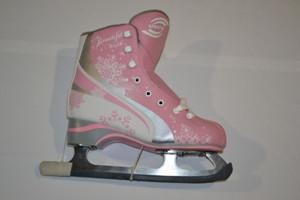 Коньки женские фигурные, размер: 35-42. Цвет: розовый. Розовый 35